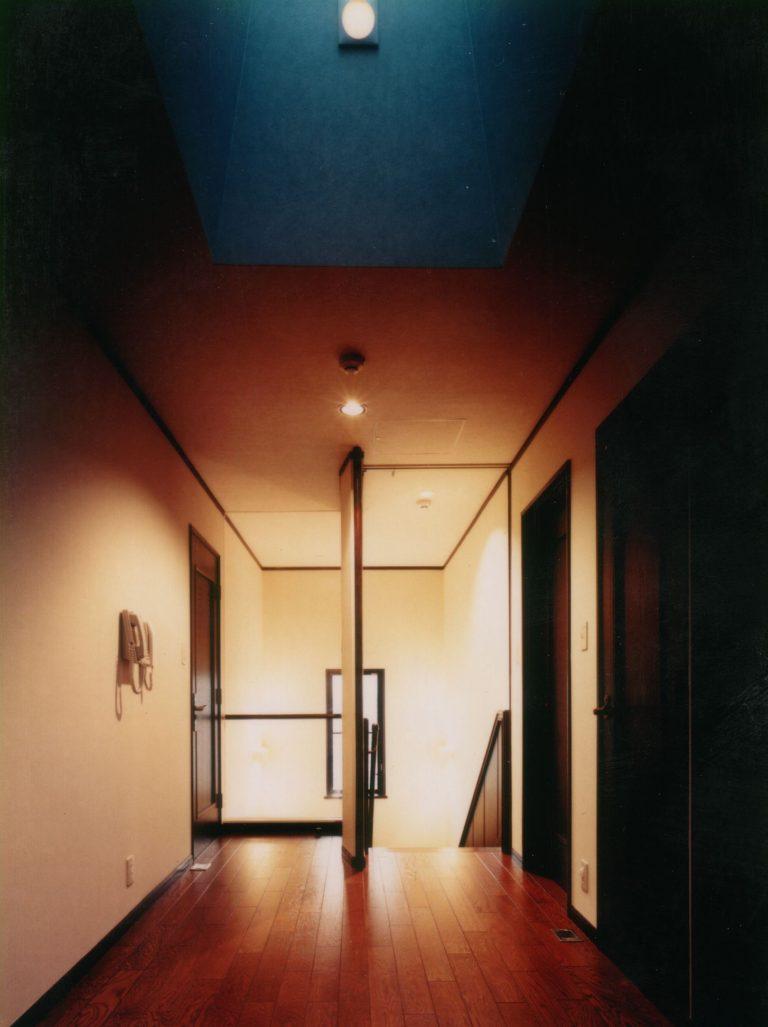 石神井公園K邸2階廊下